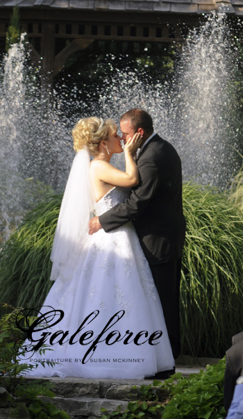 Mr and Mrs Kevin Bleeker!  photo by Susan McKinney