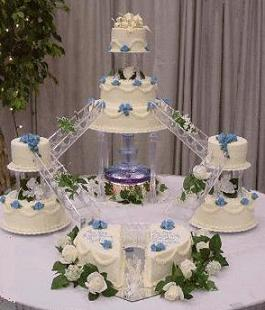 wedding cake bridges and stairs wedding cake disaster dj shirley s 22095
